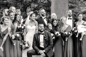 Black and white image of bridal party at the Glen Foerd Mansion