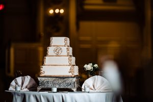 Image of wedding cake at Hotel DuPont