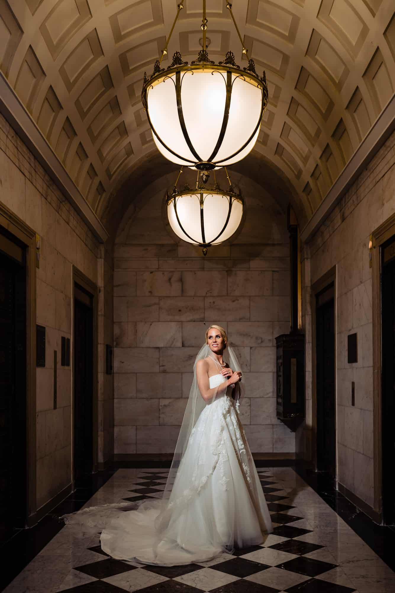 Image of bride holding veil at the Ritz Carlton Philadelphia